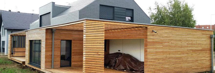 l'extension de maison à ossature en bois